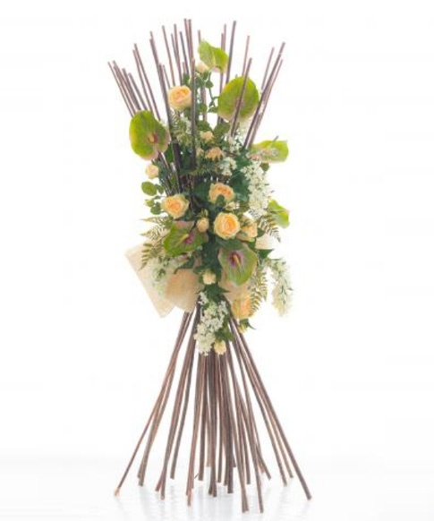 Fascina verticale con rose e anthurium artificiali FV002