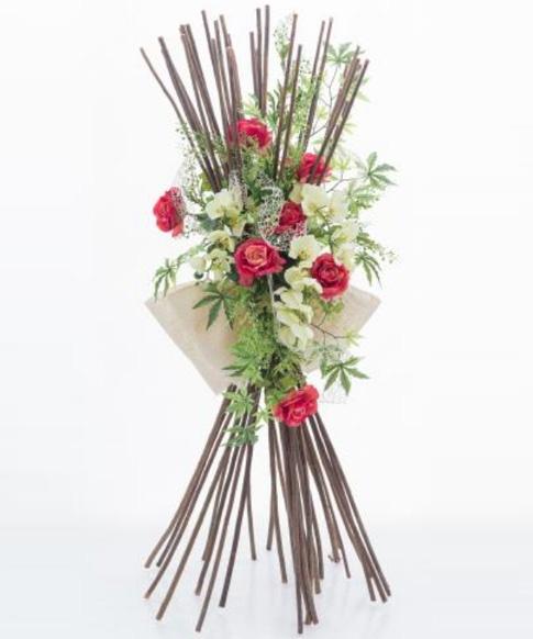 Fascina verticale con rose rosse e orchidea artificiali fv003 for Composizioni fiori finti per arredamento